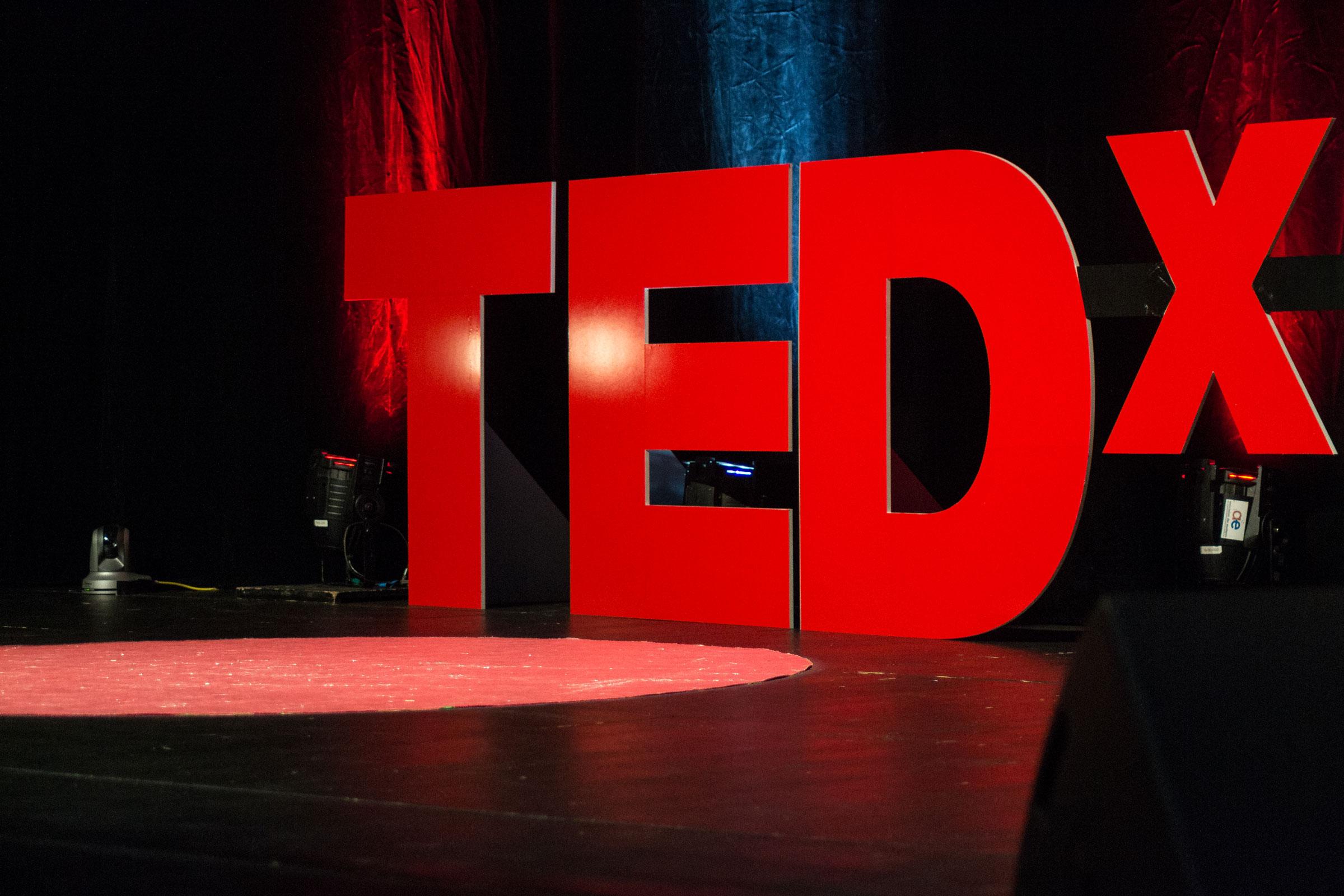 Tedx Pulse Advertising | Lara Daniel & Christoph Kastenholz